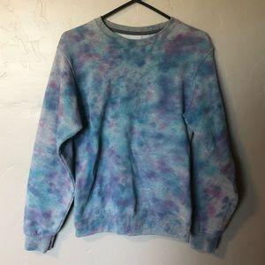 Tops - Tie-dye fleece crew neck